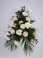 482 - smuteční vazba z umělých květů