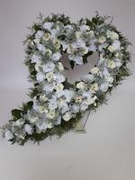 484 - smuteční vazba z umělých květů